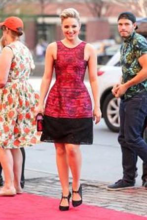 Dianna hier à la première de Tumbledown au Festival du film de Tribeca :)
