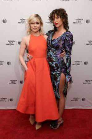 Dianna était hier à la première de Bare au festival du film de Tribeca :)