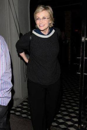 Jane sortant d'un restaurant jeudi dernier :)