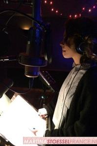 Tini au studio d'enregistrement