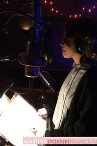 Tini au studio d'enregistrement