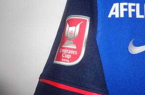 Maillot porté par un jeune pendant l'Emirates Cup 2014