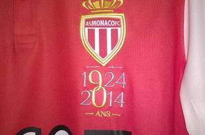 Maillot domicile du match de ligue 1 Monaco-Marseille des 90 ans du club
