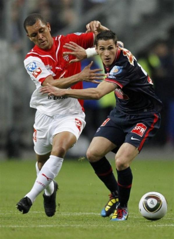 Maillot domicile Finale Coupe de France saison 2009-2010 floqué 6 (Eduardo COSTA) (de dos)