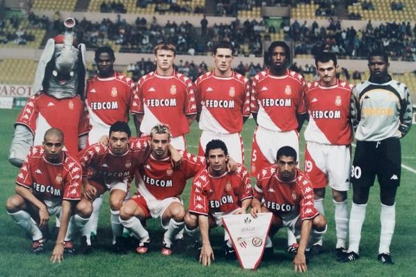 Maillot domicile saison 1999-2000 floqué SIMONE (de dos)