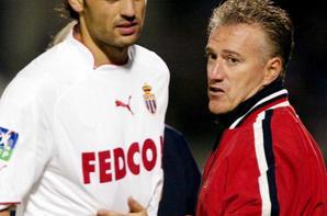 Ensemble maillot + short extérieur saison 2003-2004 floqué MORIENTES (de dos)