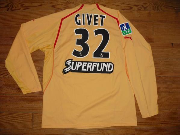 Maillot extérieur saison 2005-2006 floqué GIVET (de dos)