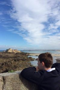 Sur les remparts de St Malo (2/2)