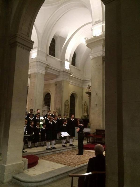 Merci à l'Association des Amis de l'orgue de Cherbourg et à monsieur Fabrice Huet pour cette belle journée de rencontres, de partage, de retrouvailles....de chant!