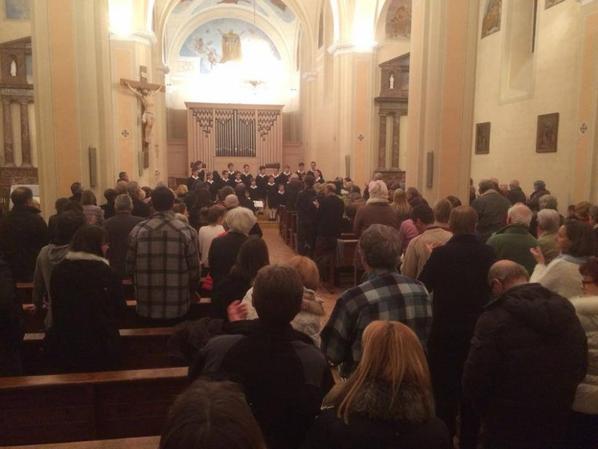 Merci au Père Rivoiron pour son accueil ainsi qu'à toutes les familles qui ont hébergé les Petits Chanteurs