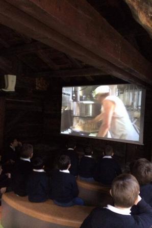 Visite de la fromagerie à Beaufort en photos (3/3)