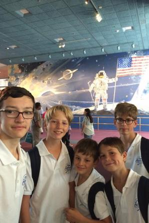 En visite aujourd'hui au musée de l'espace...