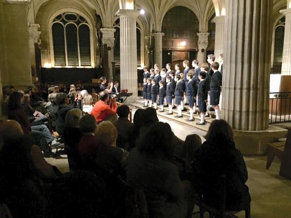 Eglise St Medard pleine ce soir pour les Petits Chanteurs de France. Dernier concert de Noël demain à Maison Laffite
