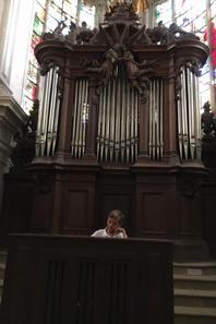 Visite du Palais Abbatial (XVII) de son orgue (1679) ET de son choeur monastique légèrement baroque