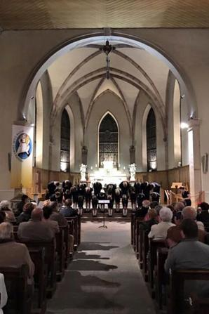 Un immense MERCI À toutes les familles d'accueil et aux organisateurs de notre concert à la Bresse (88)