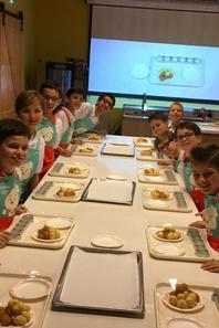 Les PCDF cuisinent et deviennent en plus d'être des Chanteurs ...des grands Chefs! (1/5)