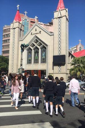Messe de Noël EN ce 25 decembre à LA Cathédrale de Hsinchu (Taiwan)
