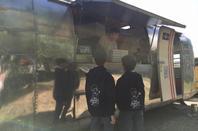 Déjeuner et détente au pizza-truck !