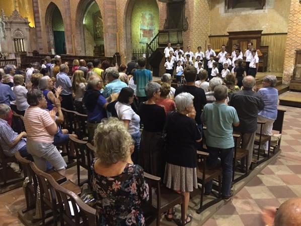 Après notre Concert dans cette magnifique abbatiale de Moissac, direction la Dordogne pour Neuvic sur Lisle