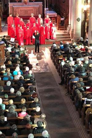 Plus de 350 personnes à Fraize pour applaudir les Petits Chanteurs de France