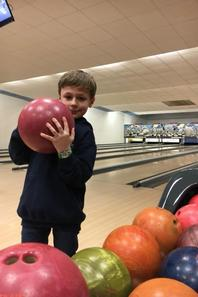 Un peu de détente au bowling (3/4)