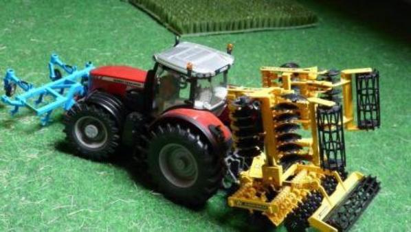 un peut de mini agricole
