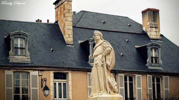 Il faut que je me Bourges!!!!