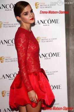 Emma s'est rendu  à la soirée pré-Baftas organisée par la maison Lancôme, le vendredi 10 février, elle est magnifique , je trouve que sa robe l'a mets vraiment en valeur , et vous qu'en pensez vous?