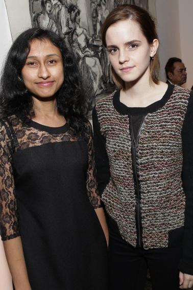 Le 25/10/12 Emma toute en beauté  s'est rendue à un diner de charité à la New york studio school.