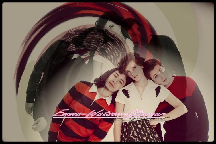 13.05.13 ->Des nouveaux photoshoot de Emma pour le magasine Nylon sont apparue , Emma y pose avec ses partenaires avec qui elle joue dans The Perks of Being a Wallflower. Qu'en pensez vous? Tout les montages sont de moi!+Vidéo de This is the end.