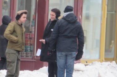 """Nouvelles photos HQ de Robert Pattinson sur le tournage de """" Life """" à Millbrook au Canada ( 04 Mars 2014 )"""