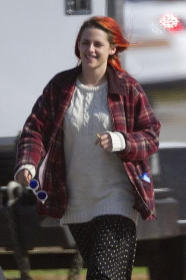 "Photos HQ de Kristen Stewart sur le tournage de "" American Ultra "" ( 15 Avril 2014 )"
