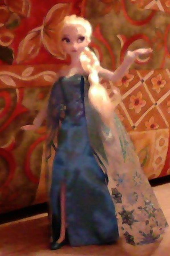 Photos de ma Elsa ( Disney Store )