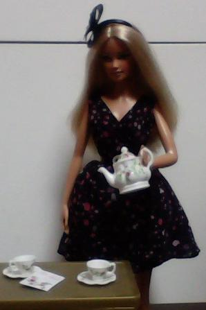 Barbie : tenue Tea Party
