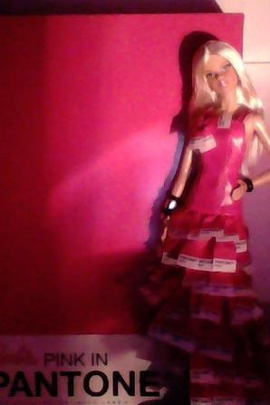 Photos de ma Barbie Pink in Pantone