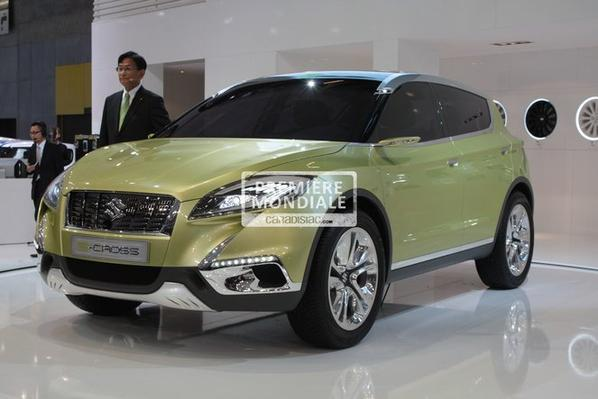 Mondial 2012 : Suzuki S-Cross Concept