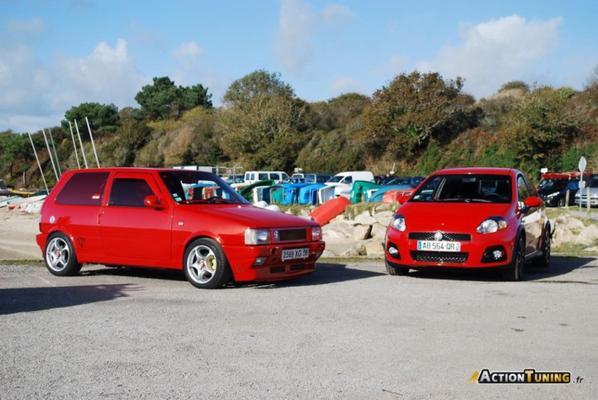 Rencontre : Fiat Uno Turbo I.E. – Grande Punto Abarth