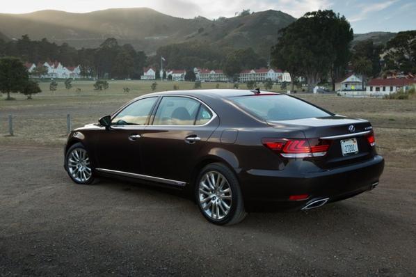 Lexus LS 460 et GS 350