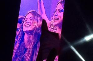 Les meilleurs amies de Tini sont monter sur scène pour leur faire une surprise !
