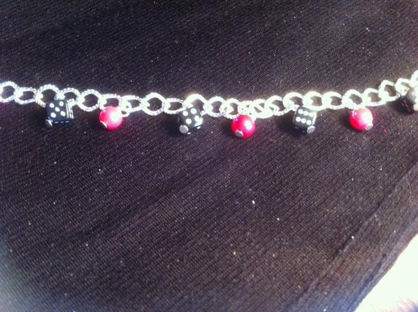 Bracelet dee et perles