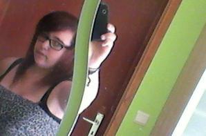 Moi il y a 1 ans et demi :) <3 avec les cheveux lisser