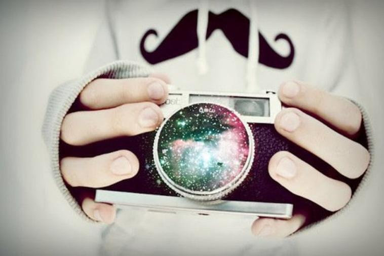 Nos photos, Tes parfum, Tes pulls, Les souvenirs quoi.. Il me reste que ca..