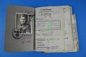 Erkennungsmarke d'un Waffen-SS de la 11ème batterie du 5ème Régiment d'artillerie SS de la 5.SS-Panzerdivision ''Wiking''.