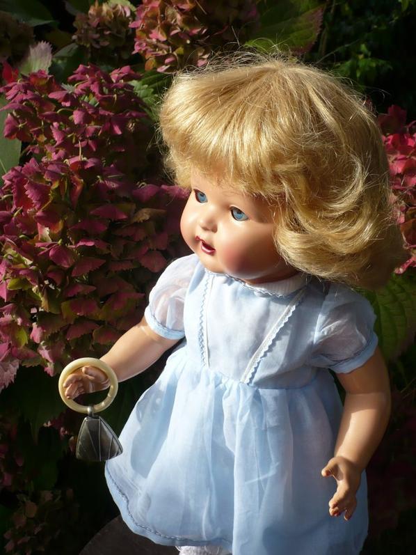 Près des hortensias...