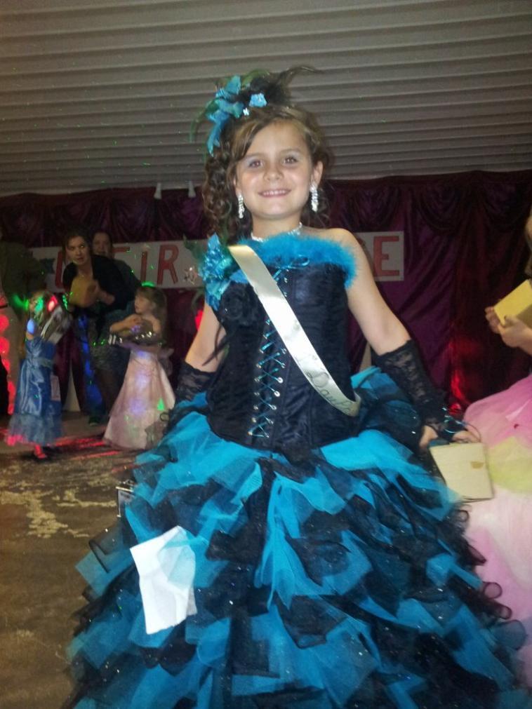 dimanche 2 juin élu 1ére dauphine miss santa esmeralda