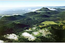 """L'Auvergne """"région de volcan"""""""