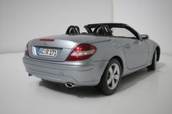 Mercedes SLK  Minichamps 1/18