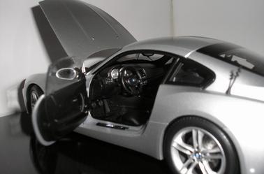 BMW Z4 M Kyosho 1/18