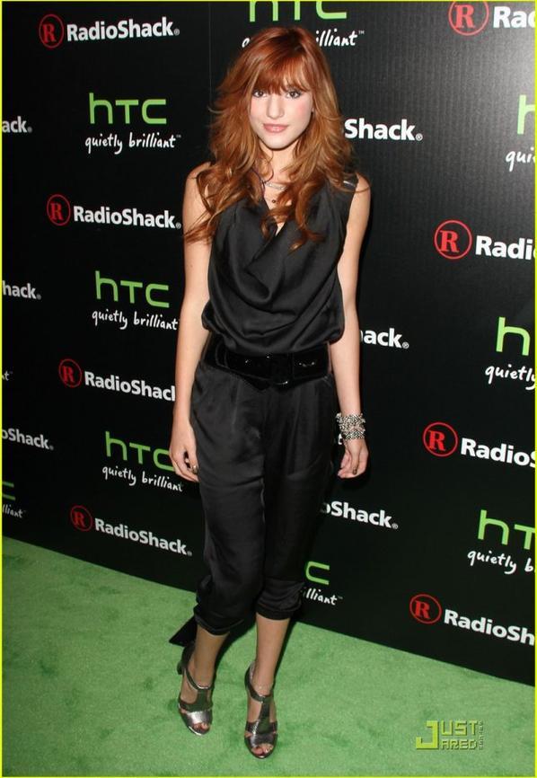 Bella Thorne: Cece's Summer Style