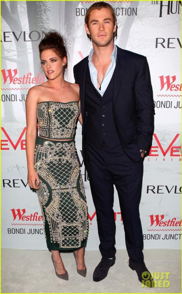 Kristen Stewart & Chris Hemsworth: 'Snow White' Sydney Premiere!